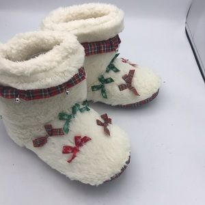 Christmas Light Up comfy Fun slippers also jingles